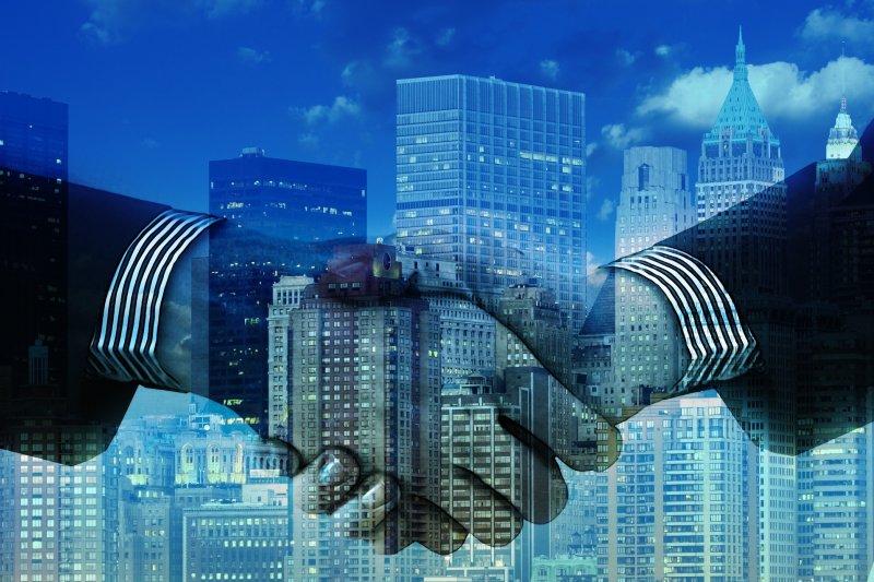 台灣屬海島型經濟,對外貿易是經濟發展命脈,中國輸出入銀行透過與商業銀行的合作,提供更完善的貿易金融服務。(圖/geralt@pixabay)