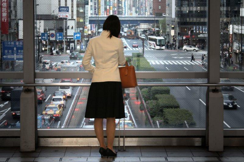 履歷太豐富有時會成為職涯的阻力,但與其裹足不前,不如痛定思痛向前進。(圖/tokyoform@Flickr)