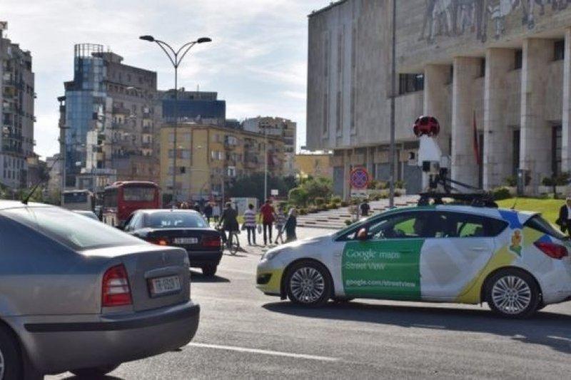 谷歌街景很受用戶歡迎,但提供這項服務必須拍攝採集實地圖景的做法在不少國家受到阻止。(BBC中文網)
