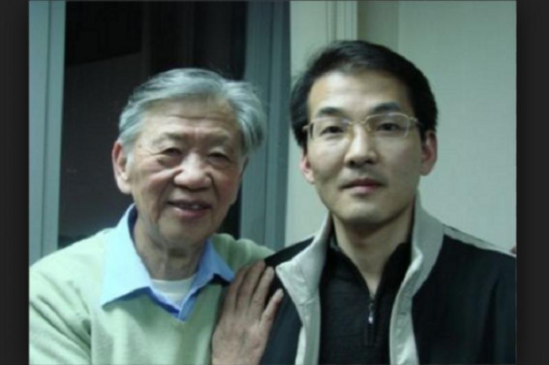 被關押一年半的中國維權律師夏霖(右),終於要開庭審理,中國人權團體呼籲聯合國關切。(來源:維權網)