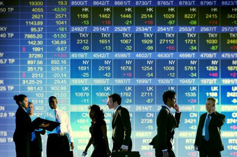 長期投資一定要搭配「跨資產多重配置」一起運用,才能長久立於不敗之地。(圖/yefzizqv@淘圖網)