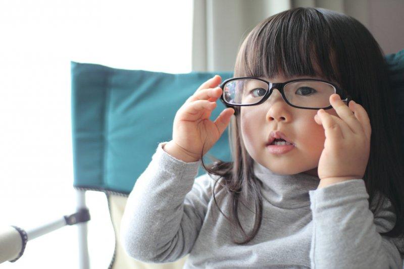 就算不想花錢讓孩子補習,殘酷競爭還是追著他們跑...(圖/MIKI Yoshihito@flickr)