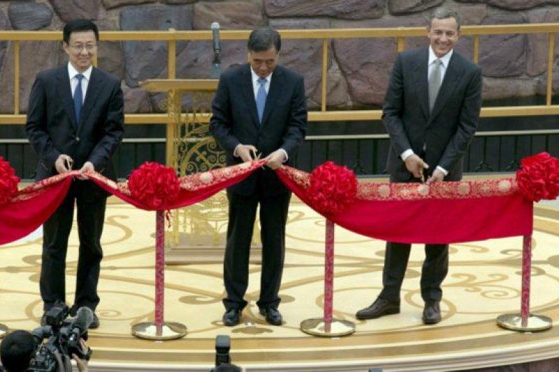 中國副總理汪洋(中)。(BBC中文網)