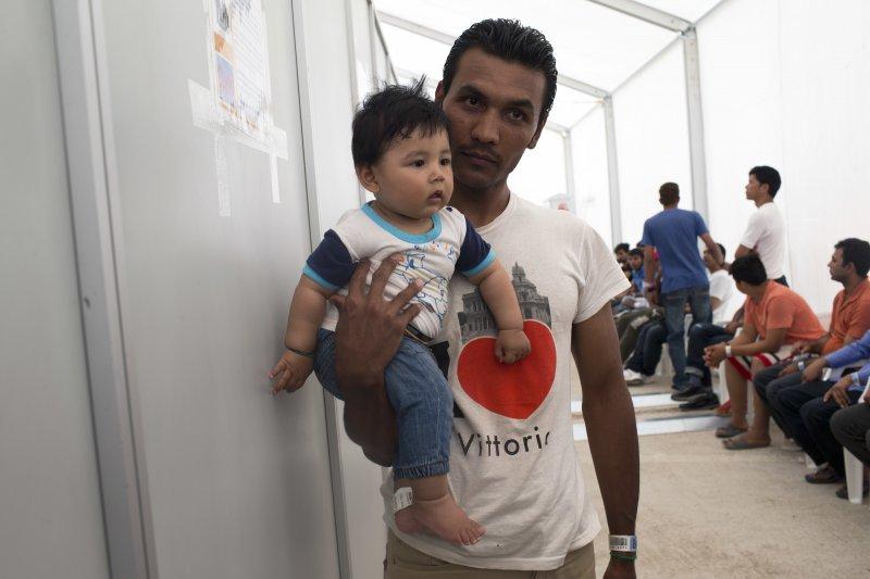 困居希臘的敘利亞難民(美聯社)