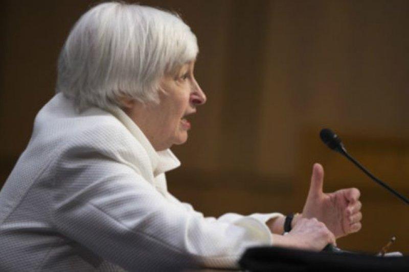 葉倫(Janet Yellen)聲稱美國經濟面臨諸多不明朗因素,升息需要謹慎(美聯社)
