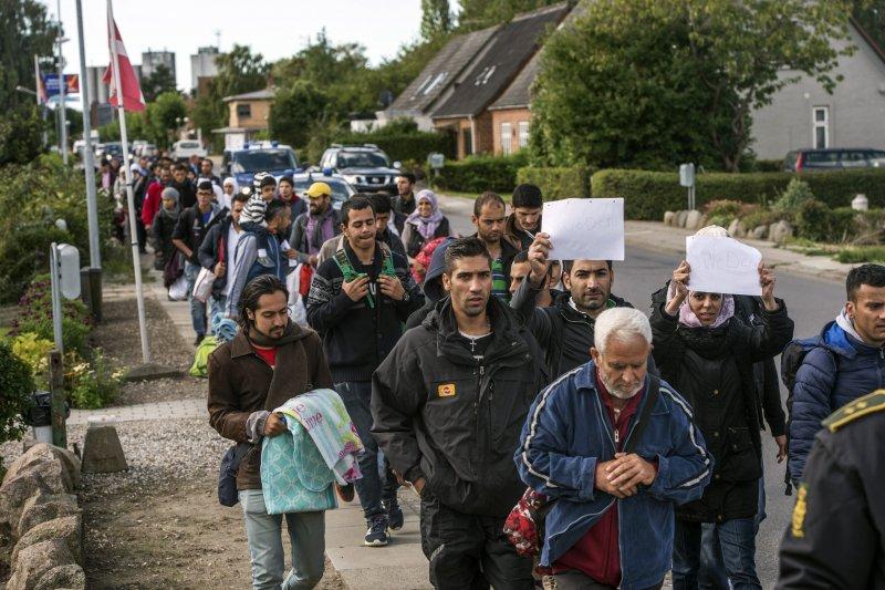 2015年迄今,大批難民湧入瑞典,引發反移民風潮。(美聯社)