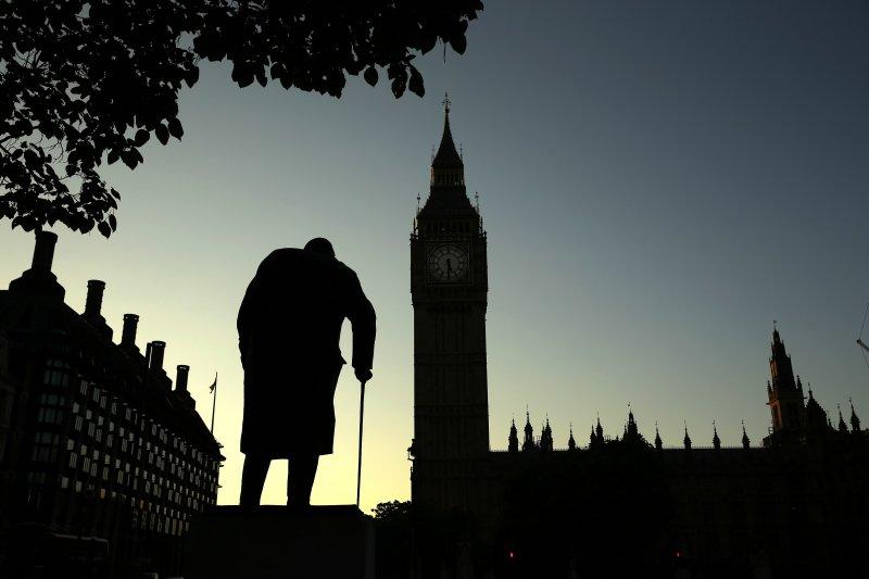 英國國會外的邱吉爾(Winston Churchill)銅像(美聯社)