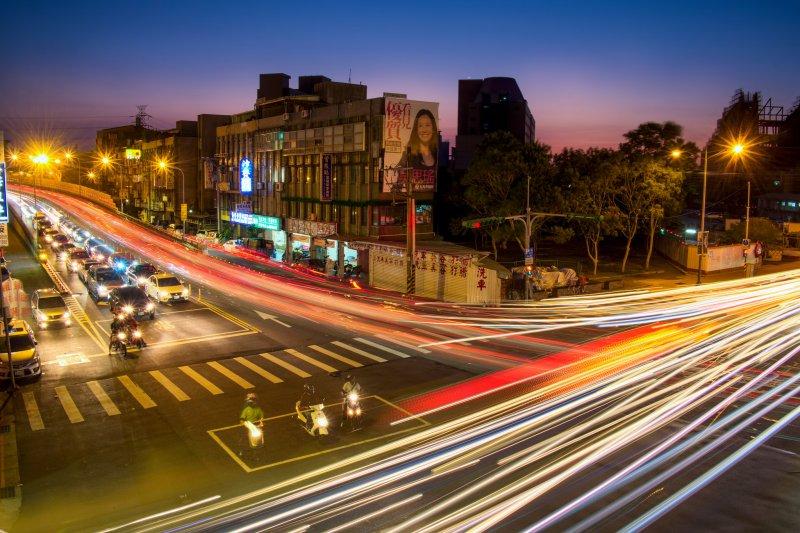 就算生活在繁華的大都市也別迷失了自我。(圖/Photos By 夏天@flickr)