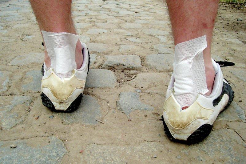 路跑時需做好保護措施,切忌逞強,以免健康不成反傷身。(圖/pixabay)