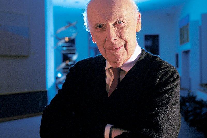 發現DNA的雙螺旋結構的而獲得諾貝爾獎的分子生物學家華生(James  Watson)。(維基百科)