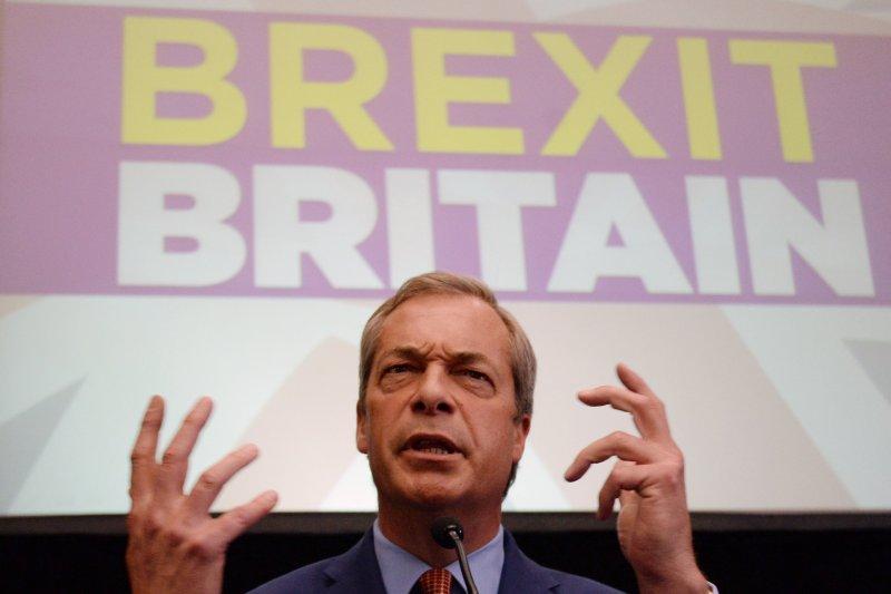 UKIP黨魁法拉吉宣布請辭。(美聯社)