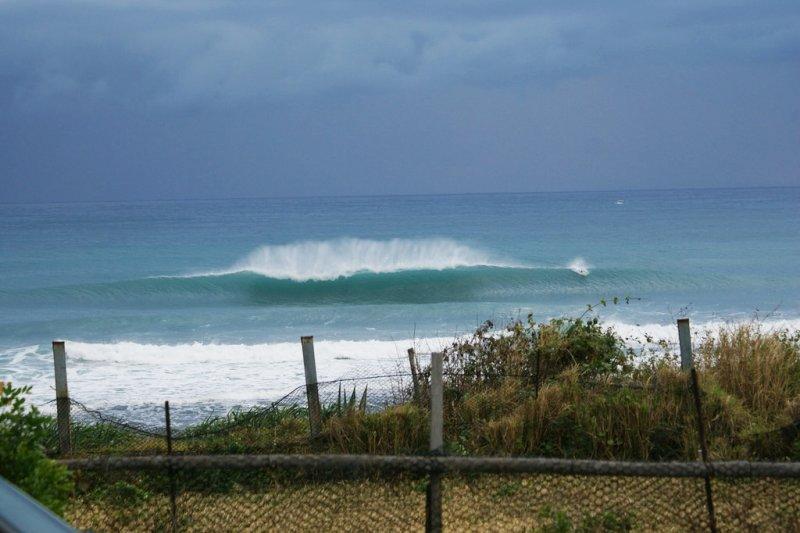 風浪大,就別到海邊玩耍了吧(示意圖/SUNNY WALKER 熱帶低氣壓@flickr)