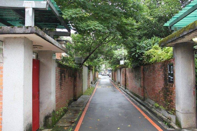 化南全區巷弄尺度親切保留1960年代的巷弄風情,保有文人眷舍幽雅特質。(陳淑美攝影)