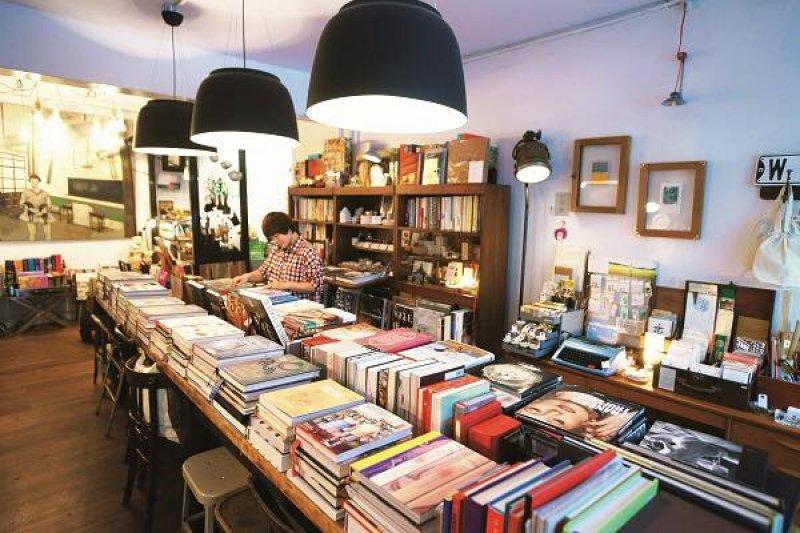 你知道全球最美的書店在哪嗎?(圖/好樣本事@facebook,Ivy WU上傳)