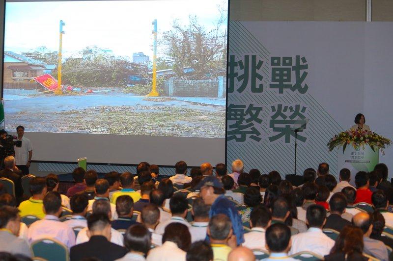 062016-07-17-民進黨全代會開幕-蔡英文演說-尼伯特颱風-陳明仁攝