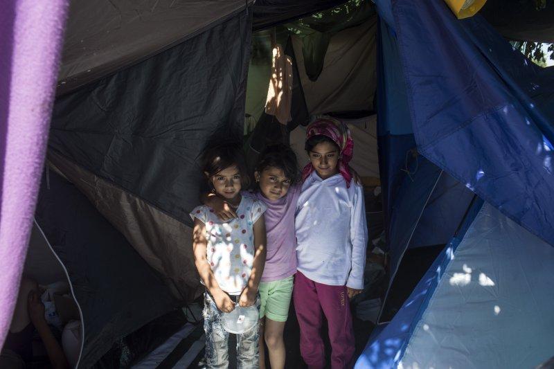 東歐塞爾維亞與匈牙利邊界的難民營(美聯社)