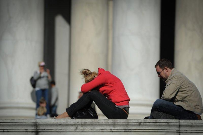 如果沒有辦法理解彼此的心情,兩人的關係就會漸行漸遠。(圖/bigbirdz@flickr)