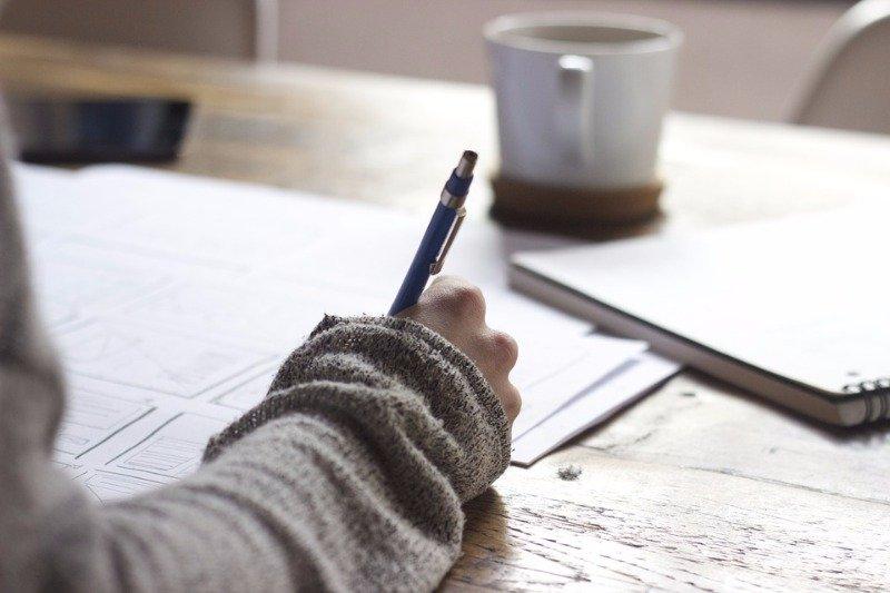 想到寫essay就頭痛嗎? 沒有你想像中那麼難!