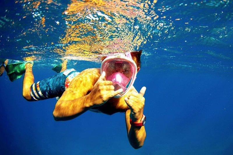 學不會潛水的技術嗎?這款潛水呼吸器「忍者面罩」讓你在水裡呼吸像在陸地上一樣!(圖/數位時代翻拍自 H2O Ninja Mask 官網)