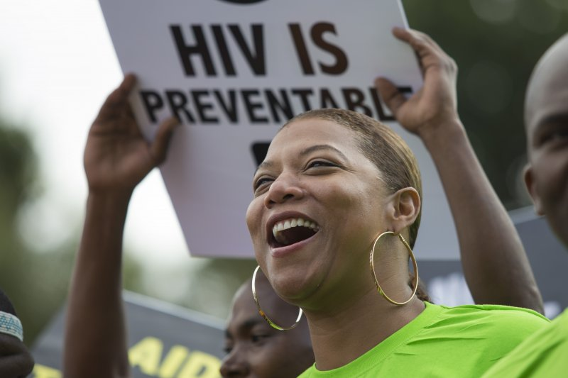 第21屆國際愛滋病會議18日在南非德爾班(Durban)舉行,美國名藝人皇后拉蒂法(Queen Latifah)參加16日的音樂會(美聯社)