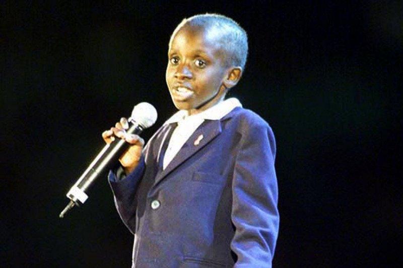 2000年7月9日,第19屆國際愛滋病會議,南非愛滋病男童強森(Nkosi Johnson)發表演講(美聯社)