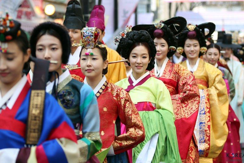 本文要分享首爾市區,除了逛街外還有什麼好玩的景點和體驗行程,要去首爾的朋友快記下來!(圖/Republic of Korea@flickr)