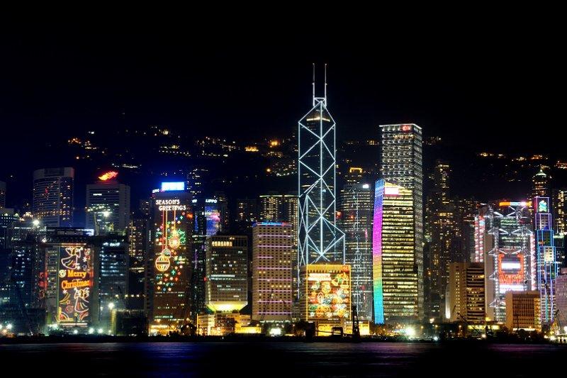 香港素有東方之珠的稱號,最著名的維多利亞港夜景,與日本函館和義大利那不勒斯夜景並列世界三大夜景!(圖/peter cheng@flickr)