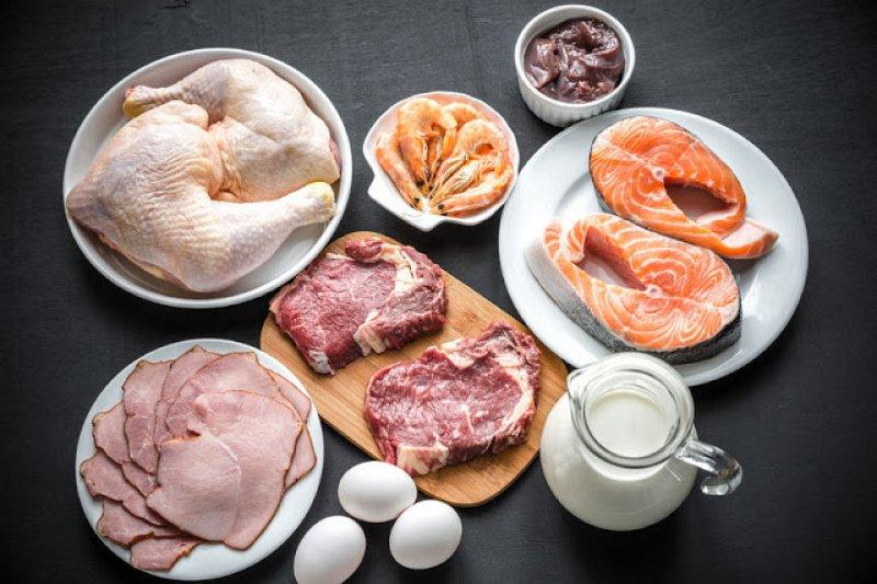人體一天只能攝取多少蛋白質?吃多會浪費掉?這個說法的真的有根據嗎?(圖/三采文化提供)