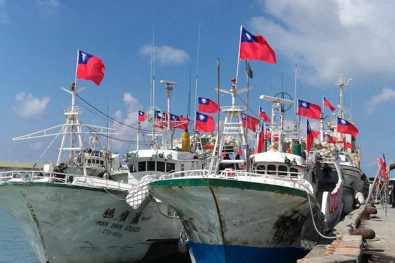 20160720-SMG0045-012-東港漁民赴太平島護主權。(風傳媒).jpg