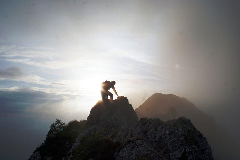 儘管一時失敗,勇敢地再站起來才是我們成功的關鍵!(圖/Michael Pollak@Flickr)