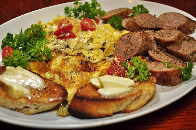現代人流行吃早午餐brunch!(圖/jeffreyw@flickr)