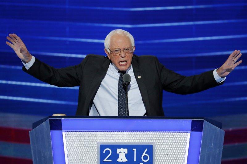 桑德斯(Bernie Sanders)在民主黨全國大會(DNC)為希拉蕊站台(美聯社)