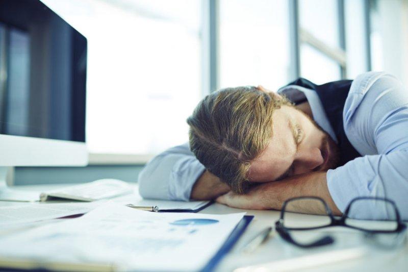 休息是為了走更長的路,工作時只要小睡十分鐘就足以達到休息的效果。(圖/michaelhyatt)