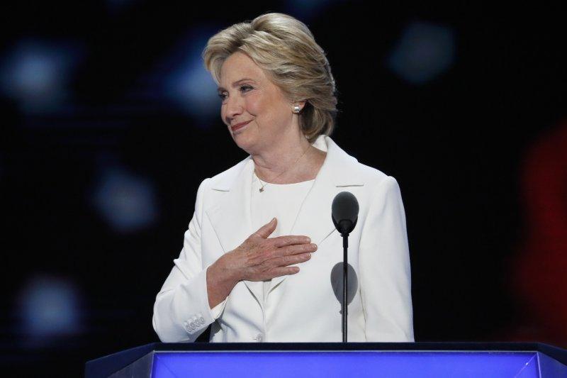 美國總統候選人希拉蕊.柯林頓(Hillary Clinton)28日登上民主黨全國大會舞台,發表接受提名演說(美聯社)
