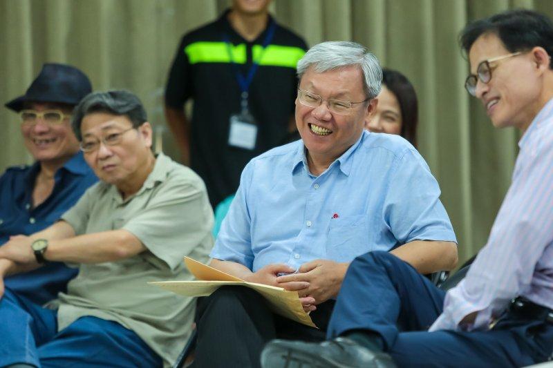司法院副院長蘇永欽30日出席思沙龍「 夾在意識形態中,司法改革怎麼走?」座談。(顏麟宇攝)