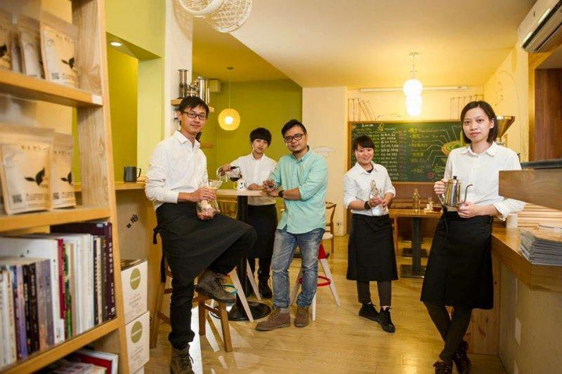 雖然咖啡不是本土飲品,但台灣卻出了許多世界級的咖啡人才(圖/Caf'e 自然醒@facebook)