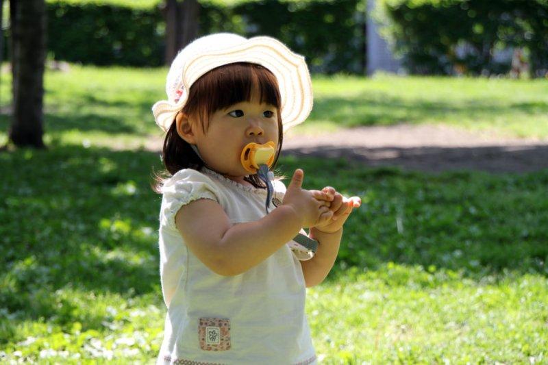 孩子需要「留白的時間」,以面對未來人生沉默的時刻。(圖/MIKI Yoshihito@flickr)
