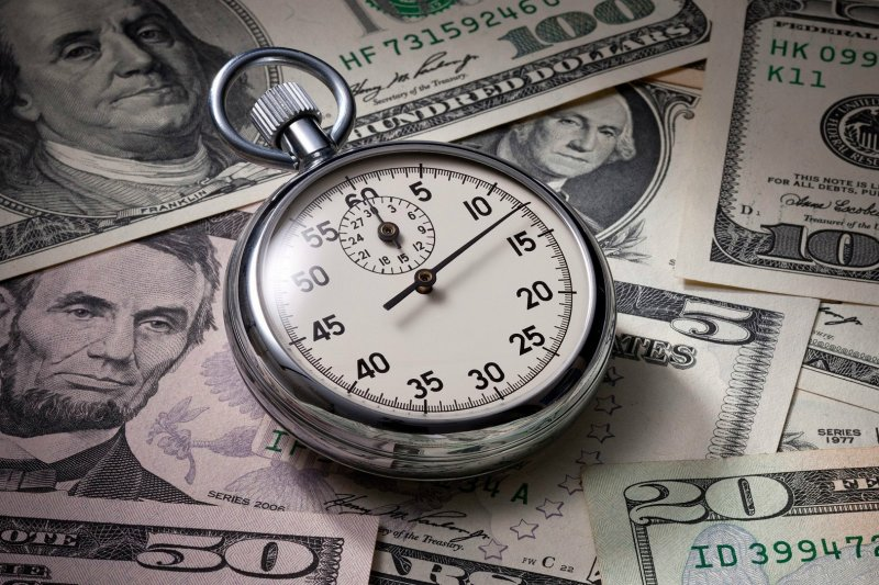 即使投資市場漸趨穩定,但投資人仍傾向保守操作,只想避險、暫時對報酬不抱期待。(圖/擷取自Experts網站)