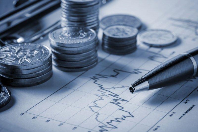 兩千位美國成年人的調查結果顯示,未能及早儲蓄、還清貸款,是令他們終生後悔的錯誤!(圖/擷取自Rancom網站)