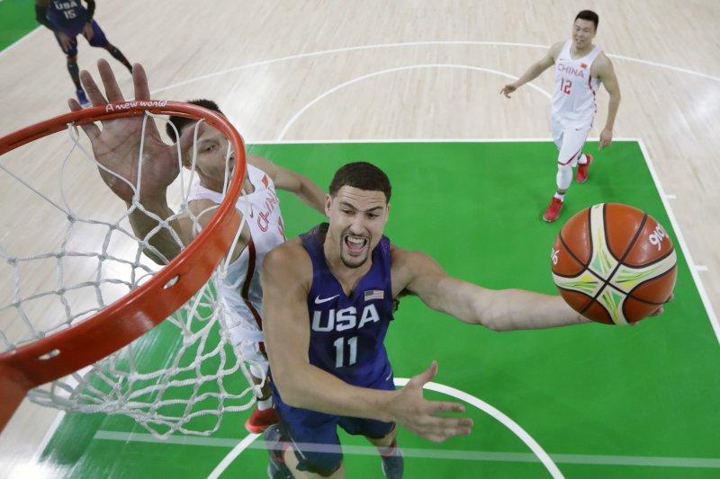 美國隊湯普森(Klay Thompson)灌籃。(美聯社)