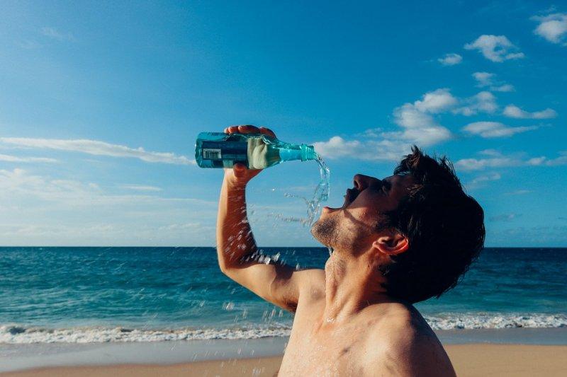 陰虛和 腎虛 有什麼區別 - 抓寶可夢別忘了補水!夏天口渴時,千萬別喝這些飲料⋯⋯