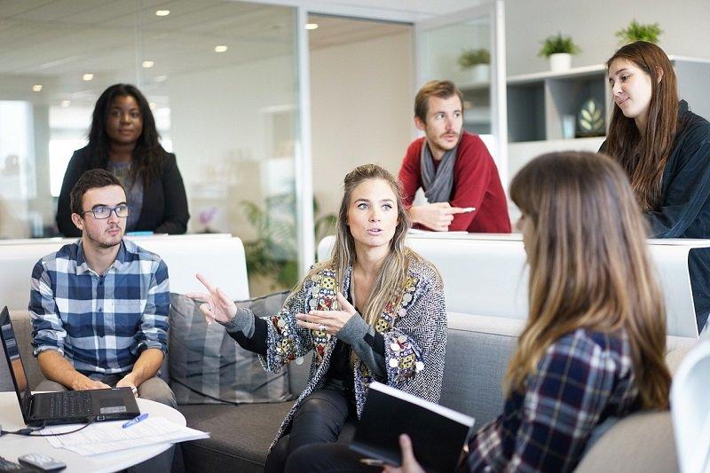 簡單而有力的會議是增加效率的方法。(圖/pixabay)