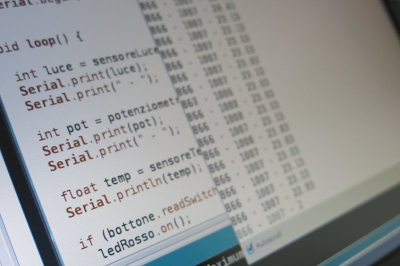 物聯網為網路、傳統電信網等資訊承载體。(圖取自flickr)