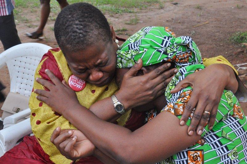 兩年前遭博科哈蘭(Boko Haram)綁架的奈及利亞少女至今未歸,她們的母親承受莫大苦痛。(美聯社)