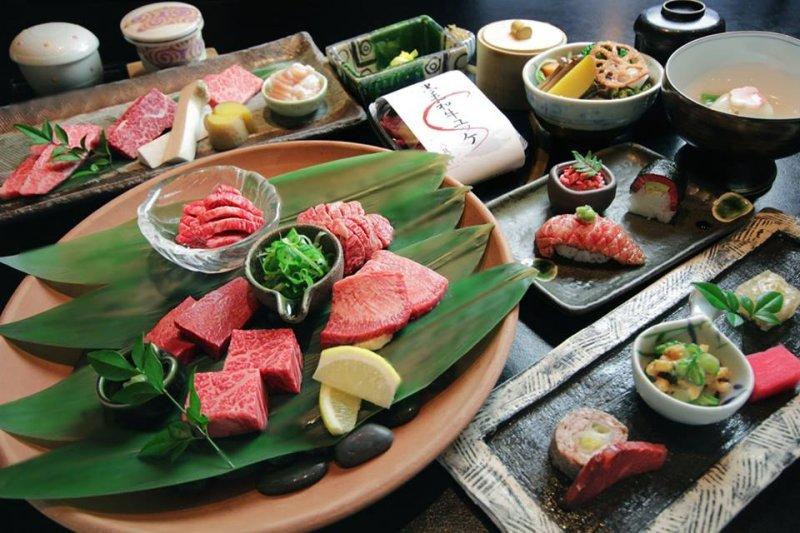 想吃到收價合理又美味和牛,就來這家老字號的「弘(HIRO)」燒肉店。(圖/京都人@facebook)