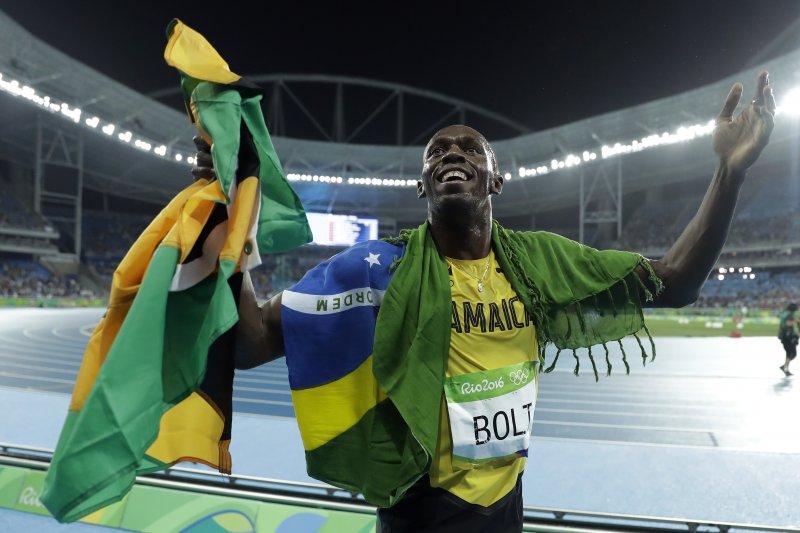短跑名將「牙買加閃電」博爾特(Usain Bolt)輕鬆摘下奧運男子200公尺金牌(美聯社)