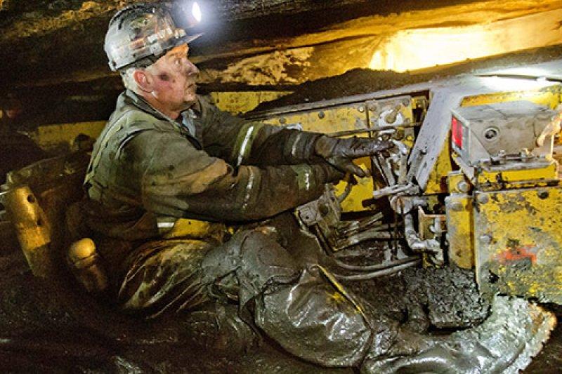 西維吉尼亞州的煤礦工人堤勒(Scott Tiller)(美聯社)