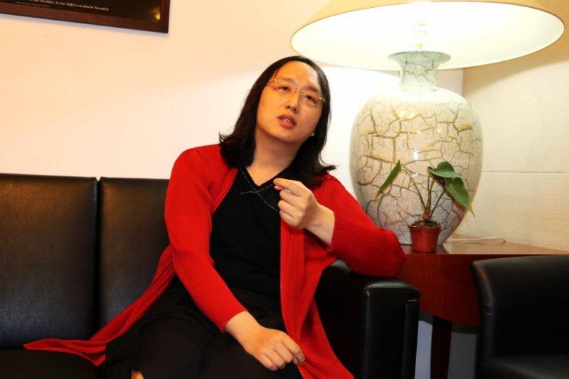 準政務委員唐鳳,在臉書上從6大面向討論未來VR技術的應用與發展。(資料照,取自法國在台協會)