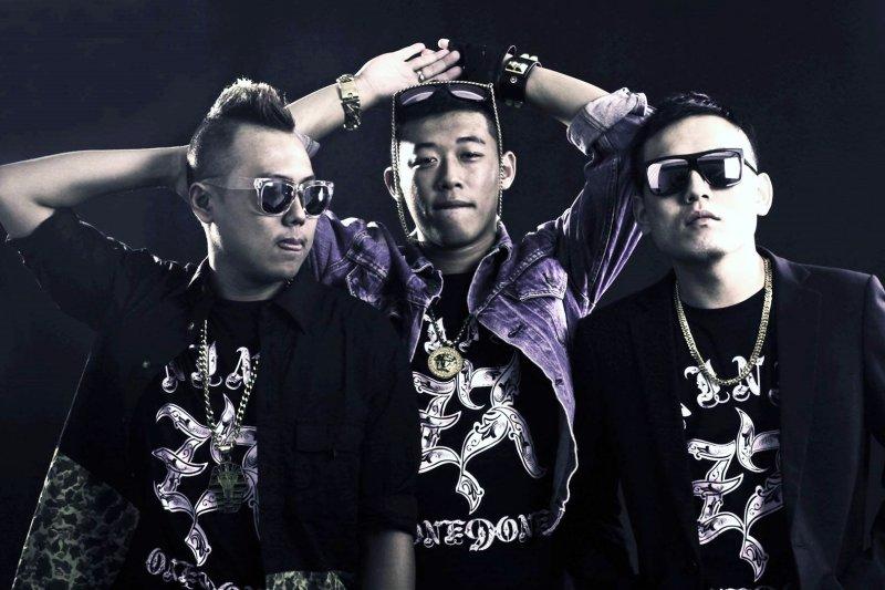 「他們的歌曲確實受到許多人的喜愛,這就是台灣某些人的想法,而且一時之間他們不會想改變」(圖/玖壹壹@facebook)