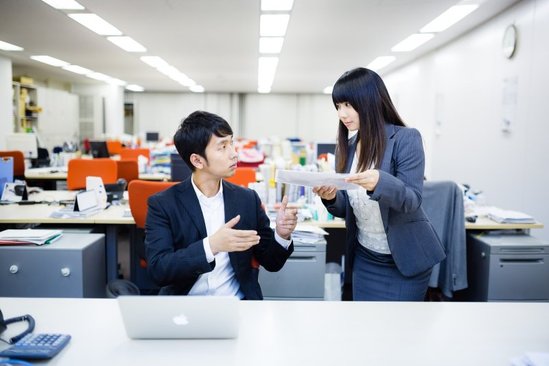 想成功不要想獨攬所有事,請交給專家。(圖/pakutaso)